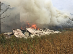 Fire has engulfed multiple farm buildings in Springwater on Sept. 30, 2016 (Twitter/@SpringwaterFIRE)