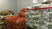Barrie: Food bank donation