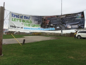 A banner support the connection of Highway 400 and Highway 404 can be seen in Bradford West Gwillimbury, Ont. on Thursday, Oct. 20, 2016. (Rob Cooper/ CTV Barrie)